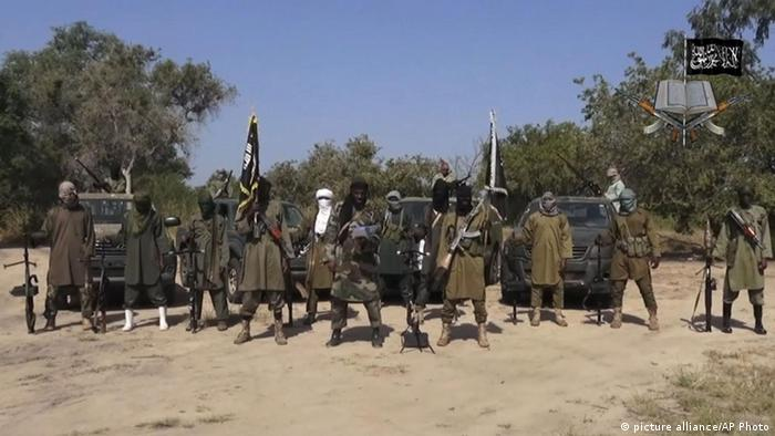 Nigeria Boko Haram Terrorist (picture alliance/AP Photo)