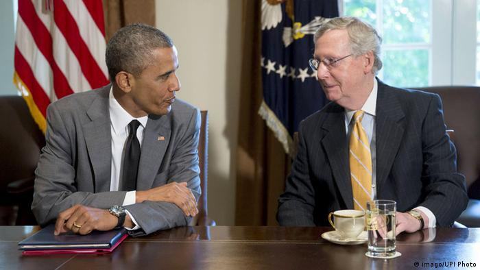 Barack Obama und Mitch McConnell im Juli 2014 (Foto: imago/UPI Photo)