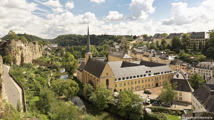 Luxemburg Stadt Stadtansicht (Imago/stock&people)
