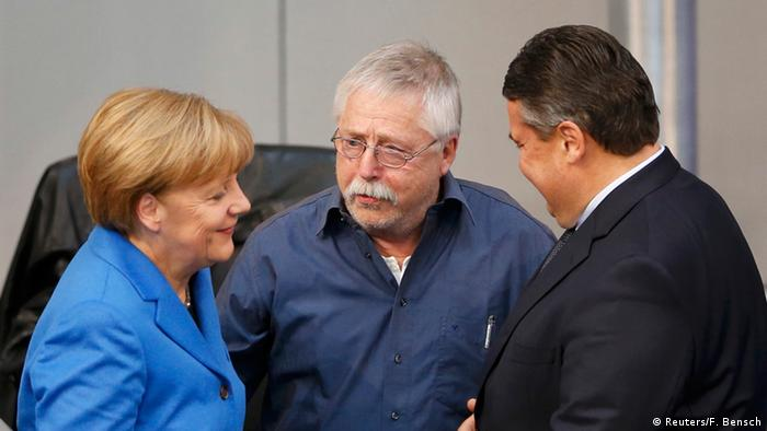 Angela Merkel, Wolf Biermann and Sigmar Gabriel (Reuters/F. Bensch)