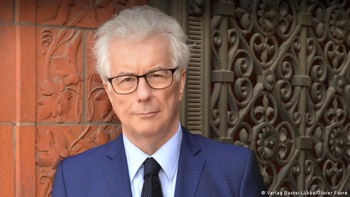 Ken Follett bei der Buchvorstellung in Berlin am 4.11.2014 NEU