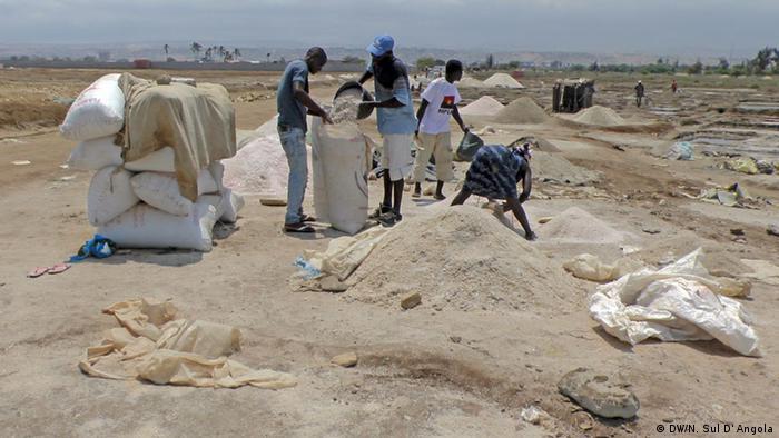 Salinen in der angolanischen Provinz Benguela