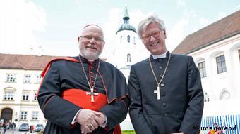 Evangelische Kirche: Landesbischof der evangelischen Christen in Bayern Heinrich Bedford-Strohm mit Kardinal Marx