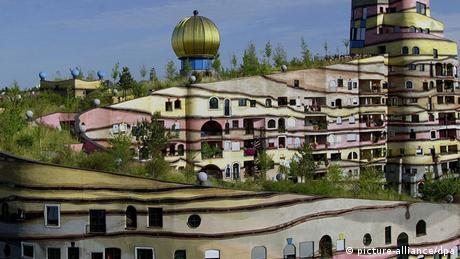 Bildergalerie Hundertwasser in Deutschland (picture-alliance/dpa)