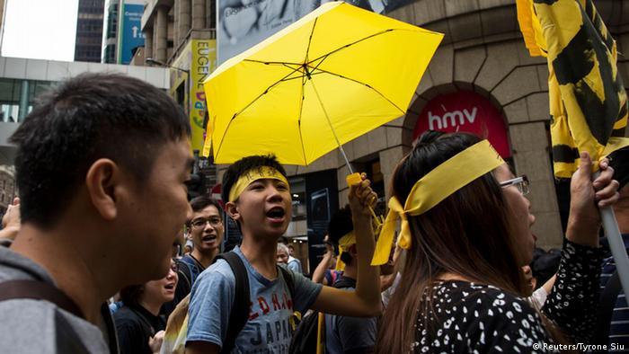 Hongkong Protestmarsch 09.11.2014 (Reuters/Tyrone Siu)