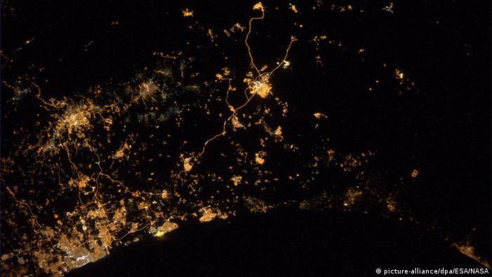 مذهلة للأرض بعدسة رائد فضاء 0,,18050618_303,00.j