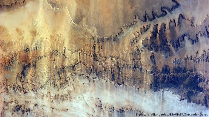 مذهلة للأرض بعدسة رائد فضاء 0,,18050638_303,00.j