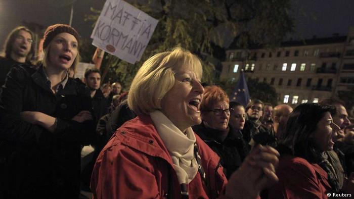 Понад десять тисяч угорців протестували проти корупції