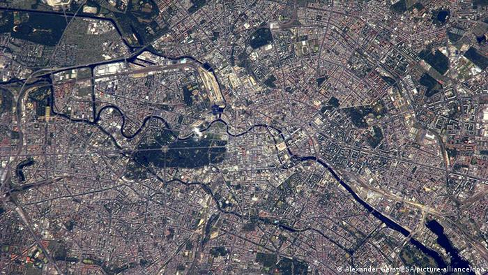 Deutschland Weltall Raumfahrt Berlin von der ISS Satellitenbild
