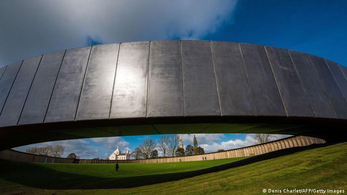 Das Kriegsdenkmal bei Lens (Foto: AFP)