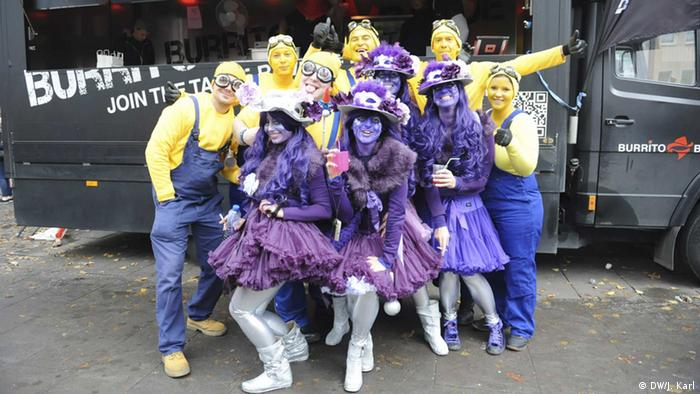 A group of purple fairies in Cologne
