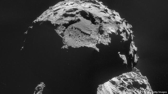 Comet 67P/Churyumov-Gerasimenko from the Rosetta craft