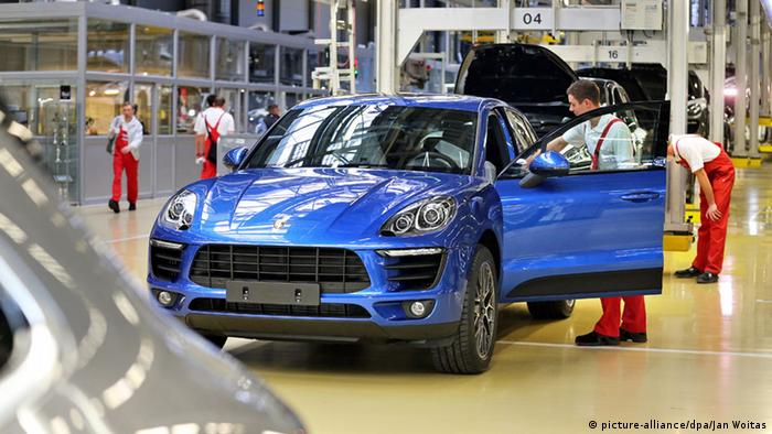 Porsche Macan-Fabrik in Leipzig (picture-alliance/dpa/Jan Woitas)