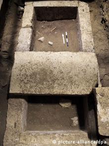 Grabfund am Kasta Hügel, Akropolis