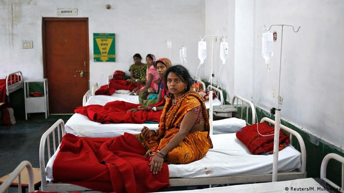 Indien Frauen Massensterilisation 13.11.2014