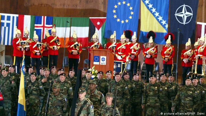 Truppen von SFOR EUFOR in Sarajevo