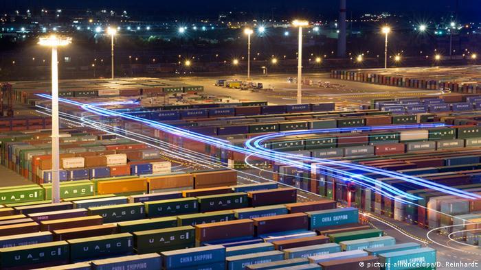 Container-Terminal Eurogate in Hamburg 29.07.2014