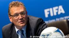 (FILE) File picture dated 28 September 2012 of FIFA Secretary General Jerome Valcke during a press conference after a meeting of the FIFA Executive Committee, at the FIFA headquarters in Zurich, Switzerland. EPA/ALESSANDRO DELLA BELLA (zu dpa-Meldung: «Valcke verteidigt WM in Brasilien: Kein Krankenhaus weniger» vom 12.05.2014) +++(c) dpa - Bildfunk+++
