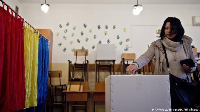 Präsidentschaftswahlen in Rumänien 16.11.2014 (AFP/Getty Images/D. Mihailescu)