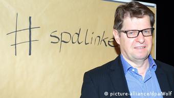 Ο αντιπρόεδρος των Σοσιαλδημοκρατών Ραλφ Στέγκνερ ασκεί κριτική στον Β. Σόιμπλε