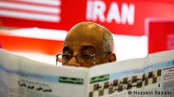 به گفته علی مطهری فشار بر رسانهها و خودسانسوری در دوه روحانی نسبت به دوره احمدینژاد بیشتر شده است