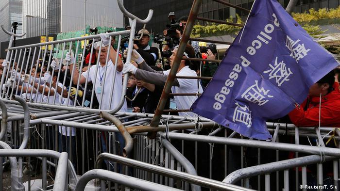 Räumung eines Protestlagers in Hongkong 18.11.2014