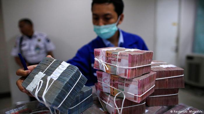 Indonesien Widodo Benzinpreiserhöhung 18.11.2014 (Reuters/D. Whiteside)