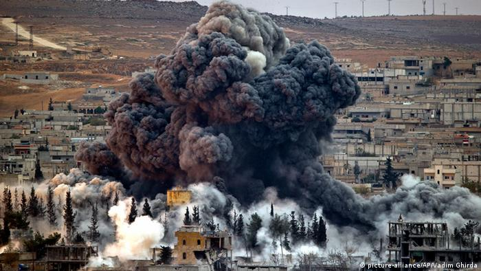 Kampf um Kobane 17.11.2014 Luftangriff