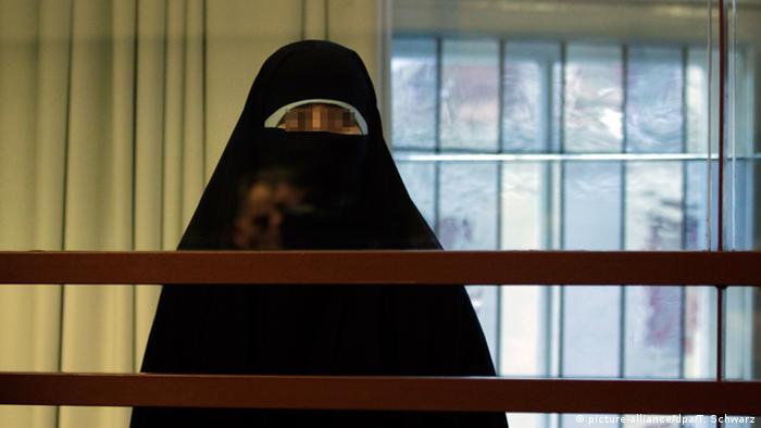 Haftstrafe für die Frau des Anführers der Sauerland-Gruppe Archiv 2010