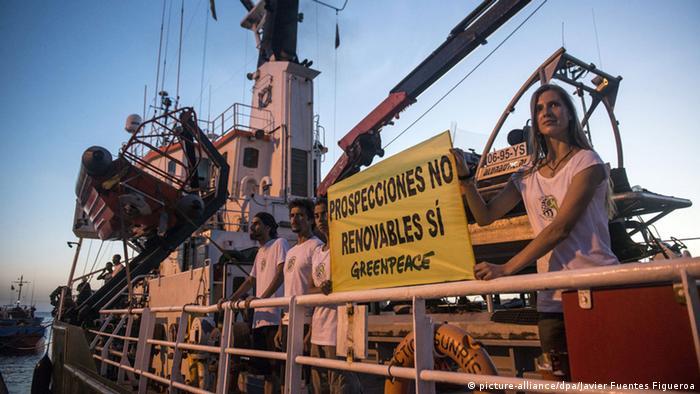 Greenpeace Schiff Arctic Sunrise