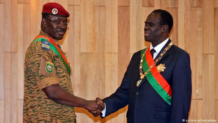 Burkina Fasos Präsident Michel Kafando und Oberstleutnant Isaac Zida