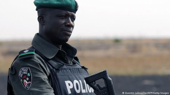 Nigerianischer Polizist (foto: Getty Images)
