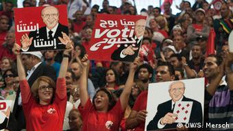 Präsidentenwahl in Tunesien 2014 Anhänger Essebsi (DW/S. Mersch)