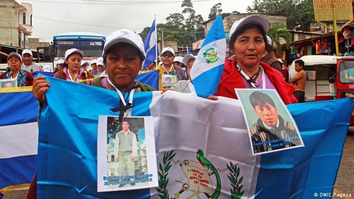 Madres y familiares de jóvenes de Guatemala, San Salvador y Honduras desaparecidos camino a Estados Unidos.