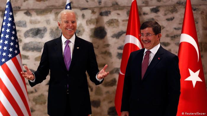 Biden und Davutoglu in Istanbul
