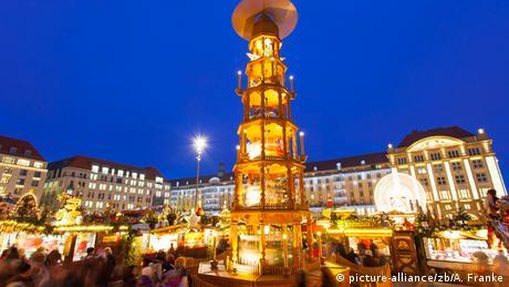 Striezelmarkt Dresden 2013