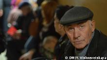 Bildergalerie Ämter und Behörden auf der Krim Schlangen stehen ist angesagt