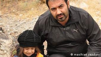 سهیل عربی و دختر خردسالش