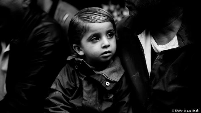 Jesiden im Nordirak Flüchtlinge Flüchtlingslager Mädchen