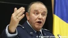 U.S. General Philip Breedlove, NATO Supreme Allied Commander Europe, speaks during a news conference in Kiev, November 26, 2014. REUTERS/Valentyn Ogirenko (UKRAINE - Tags: MILITARY POLITICS)