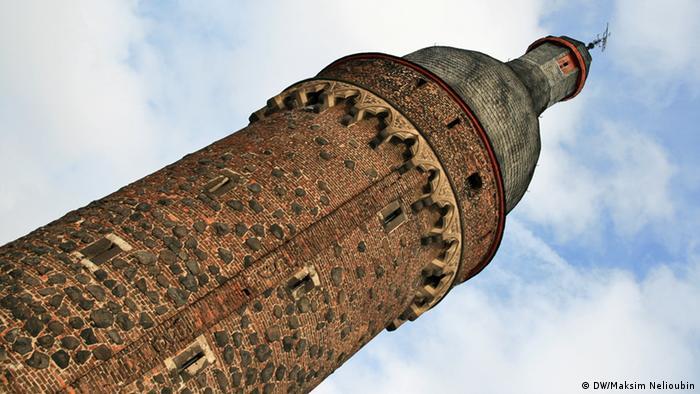 Башня Юддентурм (Juddenturm). Название происходит, как считают историки, от фамилии одной патрицианской семьи, проживавшей в Кельне и участвовавшей в ее строительстве