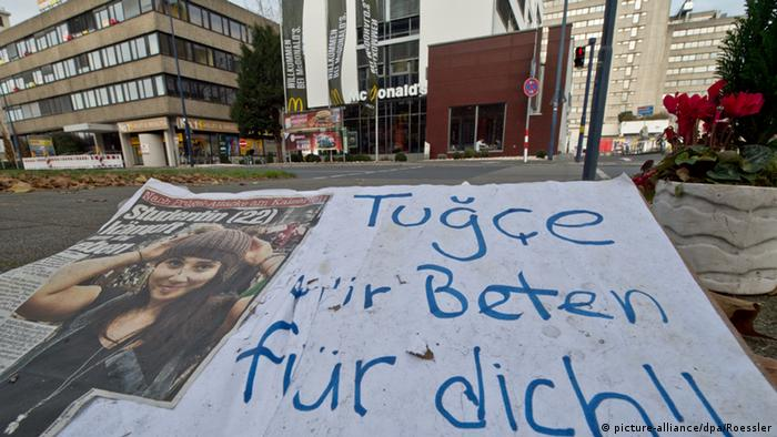 Trauer um Tugce A. (Foto: picture-alliance/dpa/Roessler)