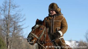 Владимир Путин на отдыхе вблизи Абакана (март 2010 года)