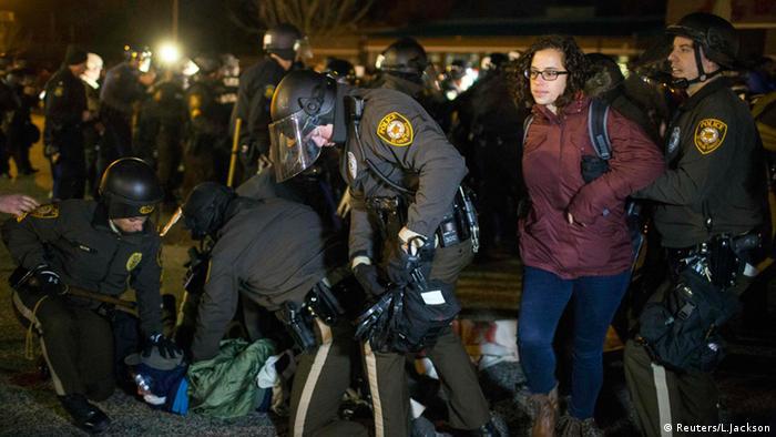 قتل مایکل براون ناآرامیهای گستردهای را در شهر فرگوسن به همراه داشت