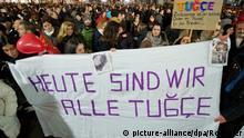 Mahnwache für Tugce vor Klinik in Offenbach 28.11.2014