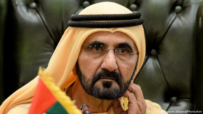 Дискретно, но решително емирът на Дубай води своя емират сред неспокойния регион на Персийския залив. Напреженията с Иран, войната в Йемен, бойкотът на Катар - това са големите предизвикателства, към които се добавят и някои лични. Преди няколко седмици шестата му жена - принцеса Хая от Йордания - го напусна. Знае се, че е избягала в европейска страна и е подала молба за политическо убежище.