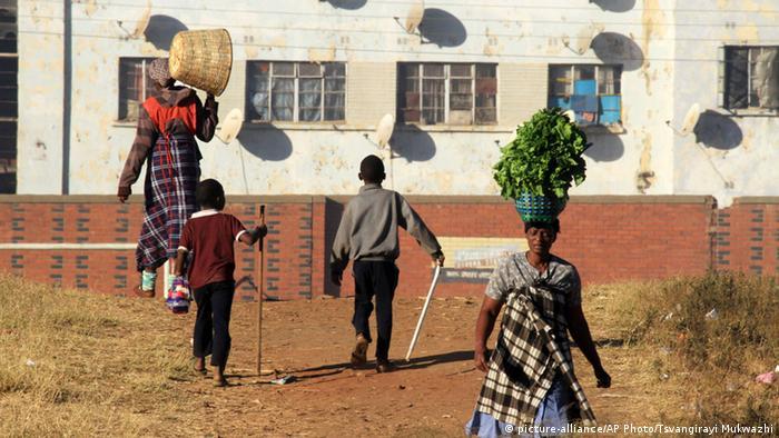 Straßenszene in Harare, Simbabwe