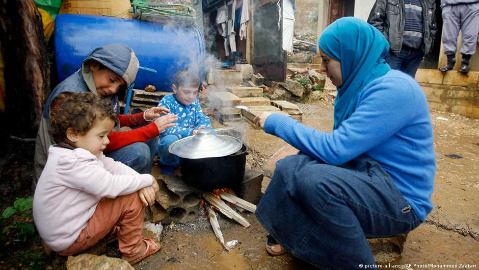 ألمانيا ترفع سقف مساعداتها للاجئين السوريين | DW | 31.03.2015