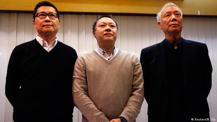 Hongkong Organisatoren der Proteste wollen aufgeben 02.12.2014 (Reuters/B. Yip)