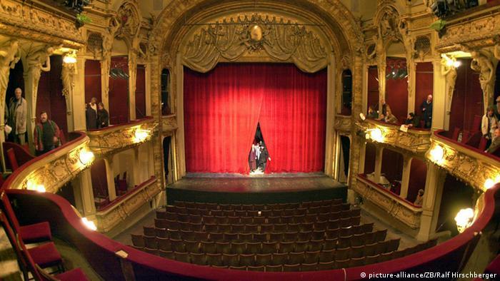 Berliner Ensemble Bald Ohne Peymann Kultur Dw 02122014
